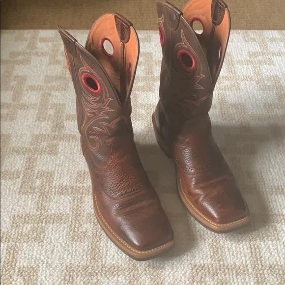0c1e98d3169 Men's Ariat Heritage Roughstock Square Toe Boots